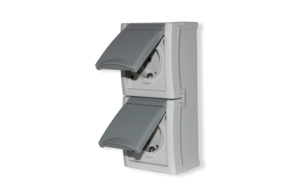 steckdose 2 fach senkrecht feuchtraum aufputz ip54 viko. Black Bedroom Furniture Sets. Home Design Ideas